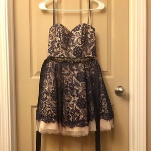 Bee Darlin prom/party dress
